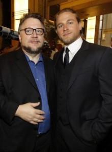 Hunnam Del Toro